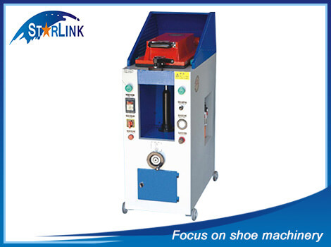 Automatic Cover Type Sole Attaching Machine, SLM-4-06