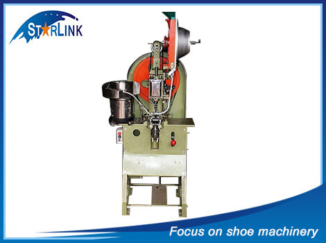 AUTOMATIC EYELET machine (for big eyelet)